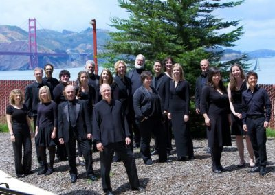 Robert Geary and the singers of Volti